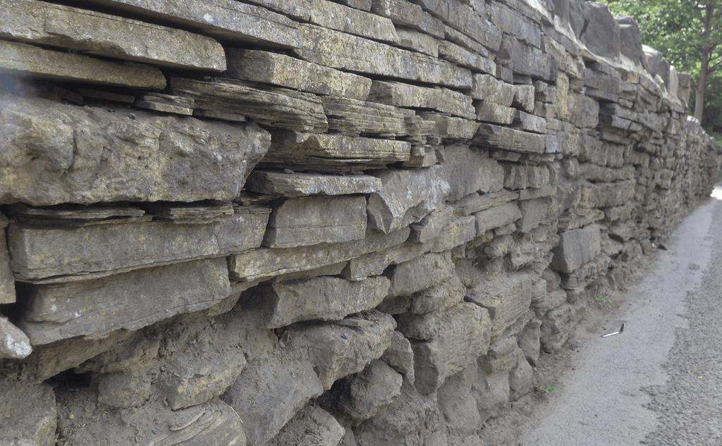 Face stone erosion